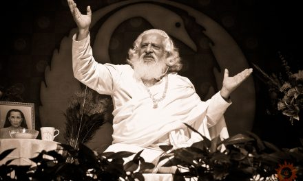An Enlightened Himalayan Kriya Yoga Master Speaks: Yogiraj Siddhanath